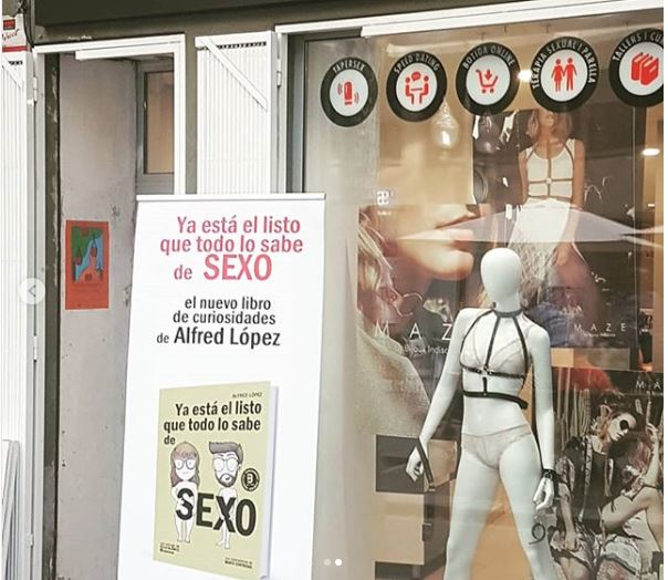 """presentación del libro """"Ya está el listo que todo lo sabe de SEXO"""" en Vibracions de Montse Iserte"""